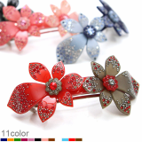 - Renachris - Ion Flower barrette