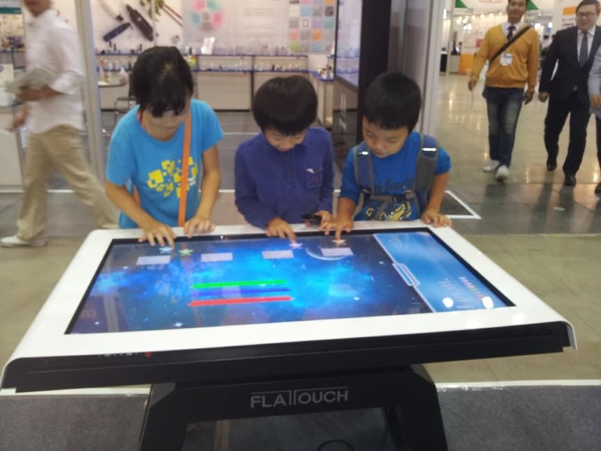 Smart Media Touch Table