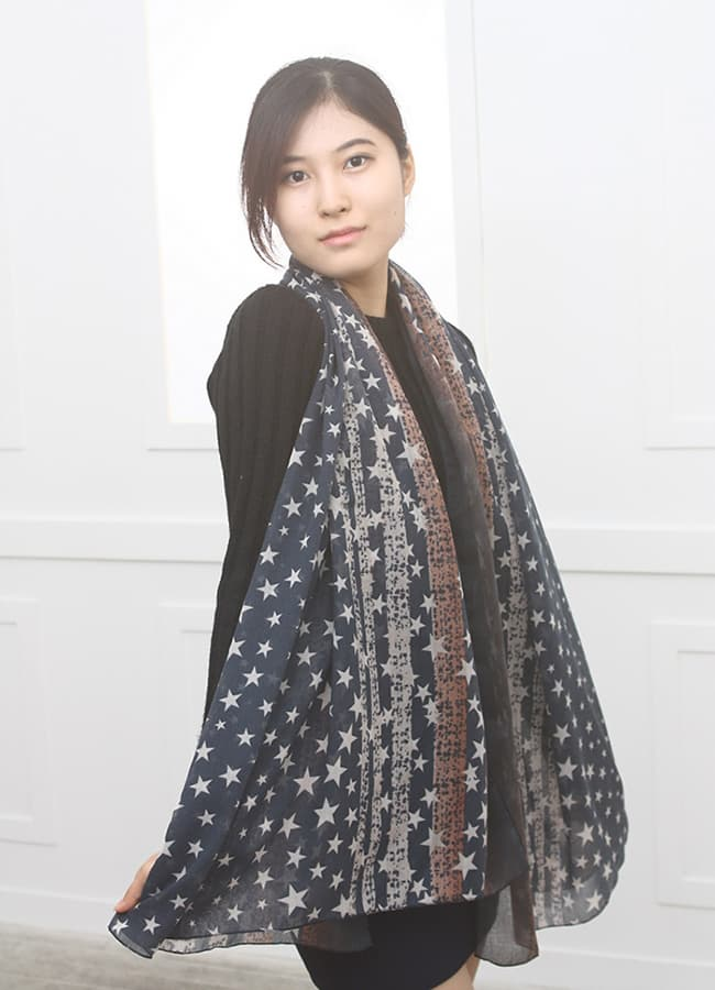 100_ polyester print scarf