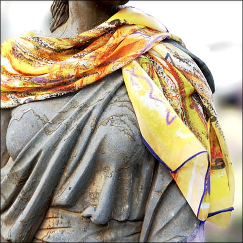 Scarf_Loveyellow