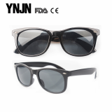 wholesale fashionable mens black polarized sunglasses