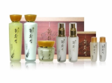 CHWI HWA SEON SET WITH 5 ITEMS FOR WOMEN