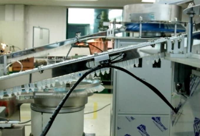 M_Smart syringe assembly machine