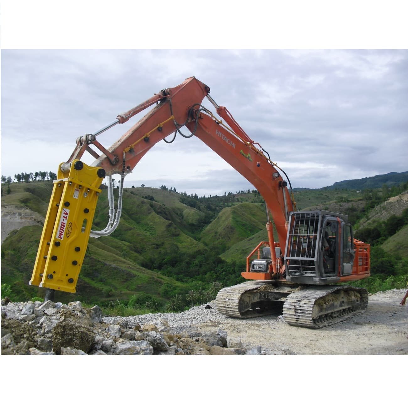 AJCE Hydraulic Breaker AT-810M