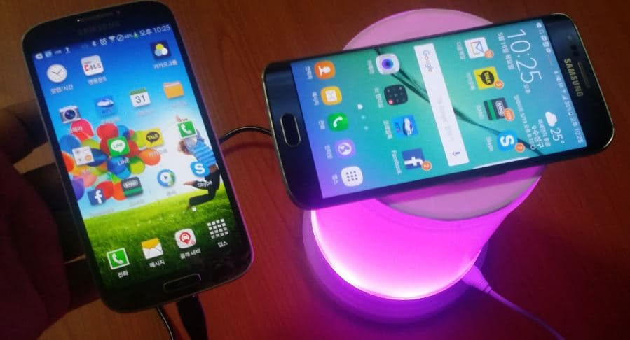 mobile_phone_wirelesscharger_wirecharger_usb_led_light
