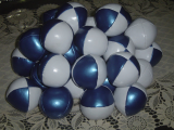 White-Blue Juggling Balls