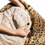 chaud_leopard_cushion_bed-3.jpg