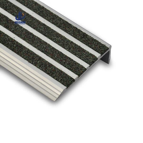 Abrasive External Curved Non Slip Stair Treads Residential