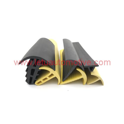China Dense EPDM Rubber Extrusions Manufacturer
