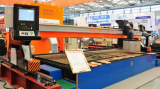 CNC table cutting machine