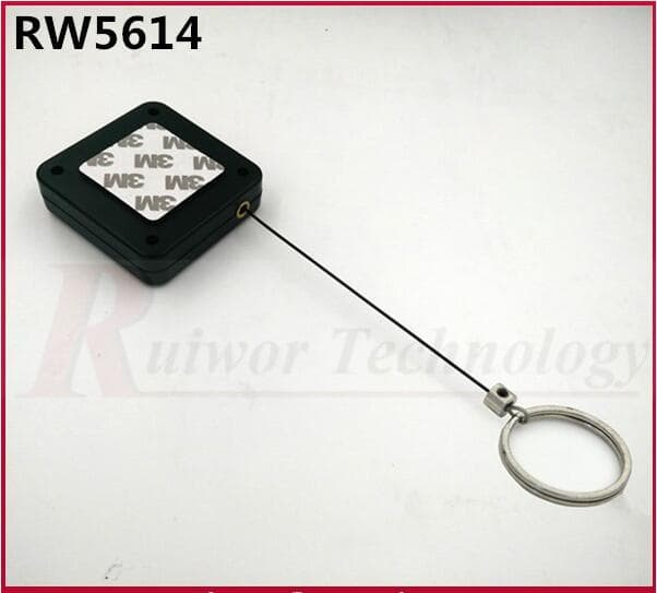 RW5614 Lanyard Retractor For Retail Display