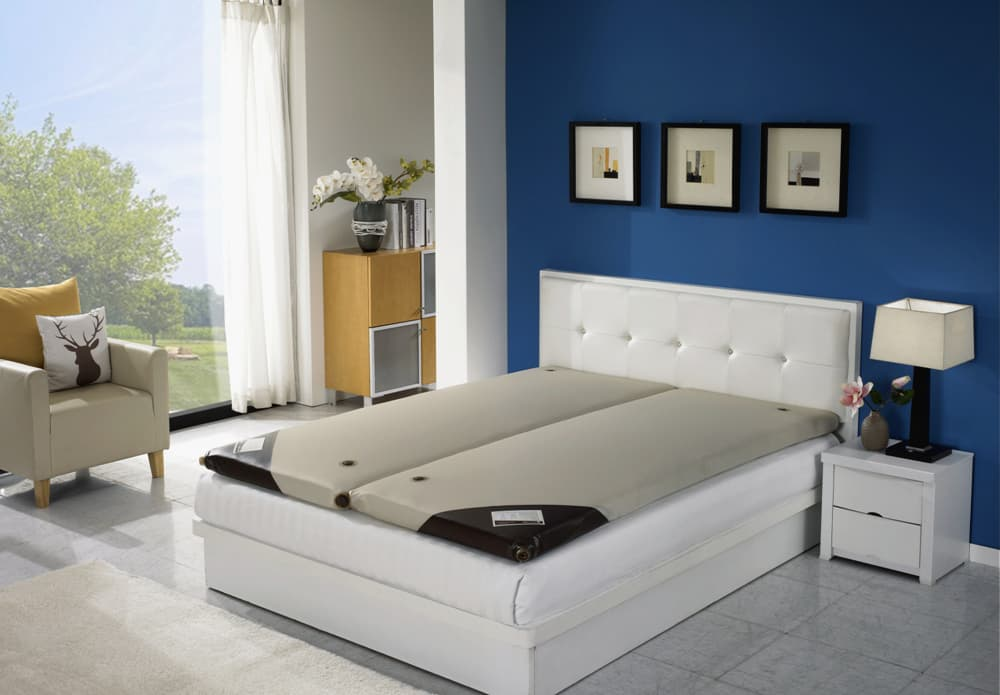 Water Mattress With Self Heating Device For The First Time