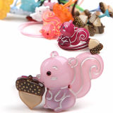 - Renachris - Acorn ponytail holder