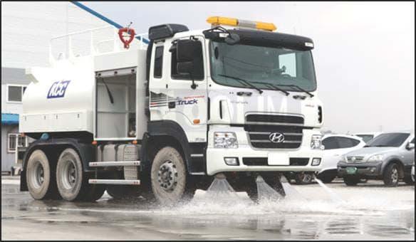 water sprinkler_sprinkler truck_water tank truck_korean car