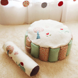 A Fabric Ball Pool-red and green-