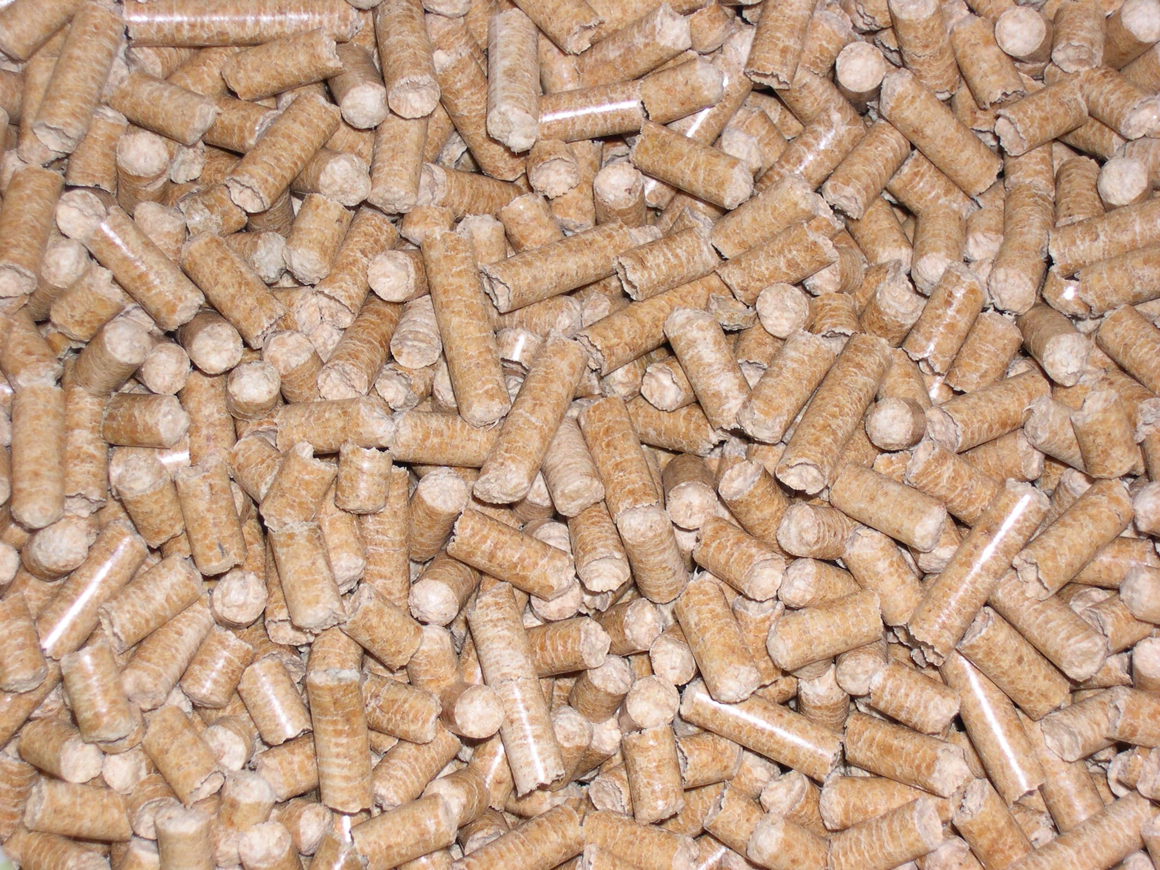Wood pellets in kg plastic bags ton pallets