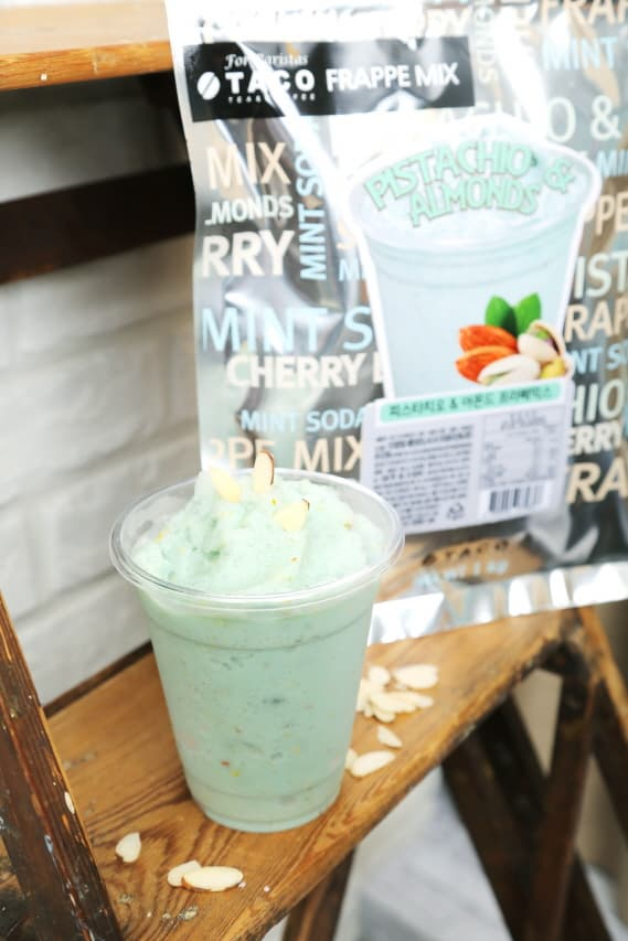Pistachio _ Almonds Frappe Mix