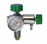 pressure regulator with flowmeter for oxygen therapy