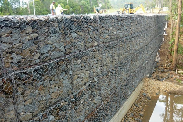 gabion basket for retaining wall for sale from anping county baiyi metal wire mesh products co. Black Bedroom Furniture Sets. Home Design Ideas