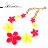 DN Flower necklace