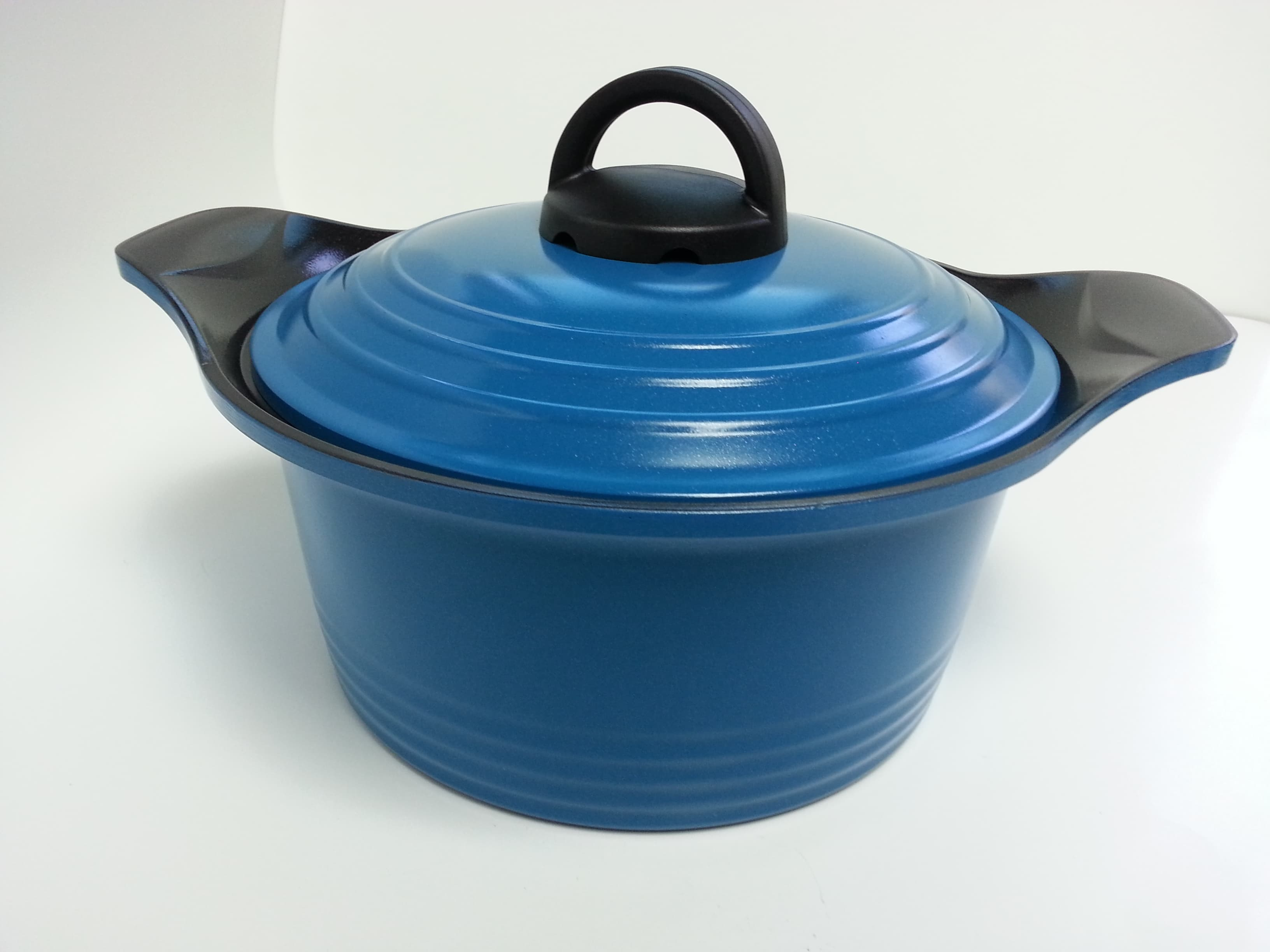 Ceramic Coated Aluminum Casting Cookware From Baishan