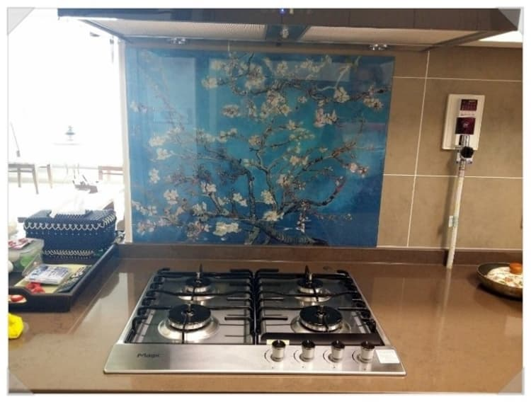 Kitchen grease proof tempered glass panel  _Blossoming Almon_6