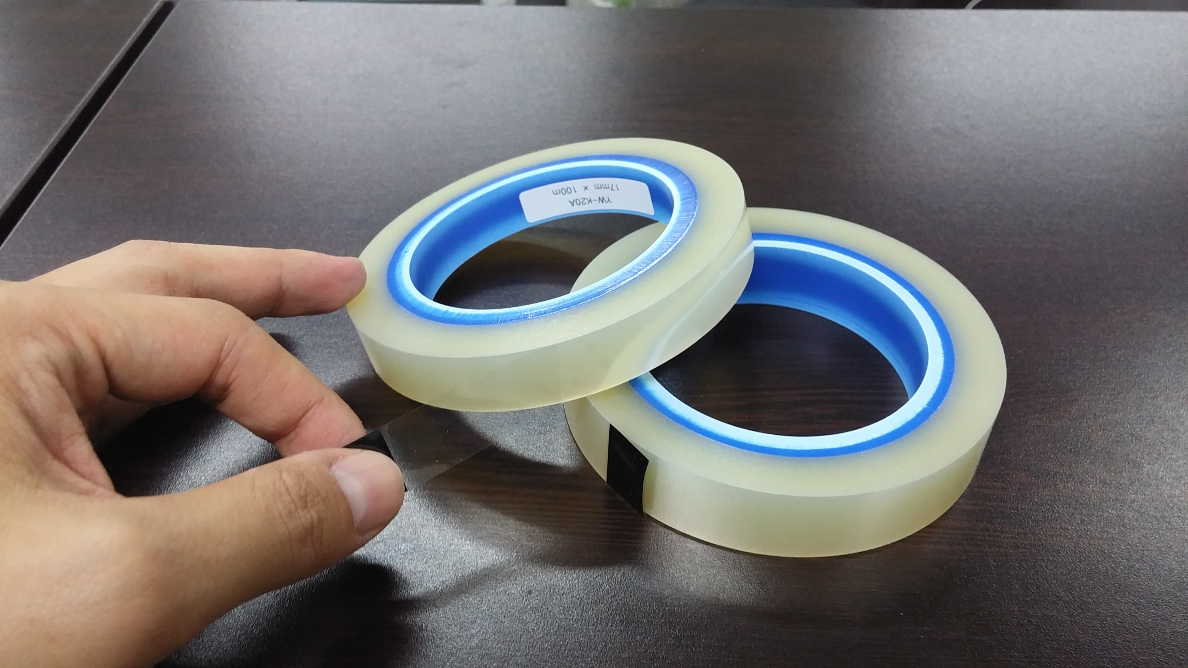 ADHESIVE TAPE FOR LCD