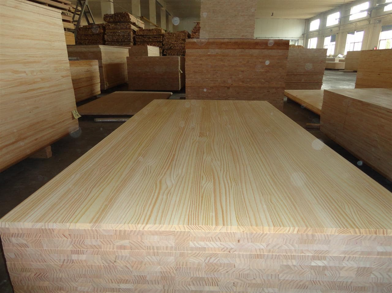 Pine wood sawn timber for construction furniture