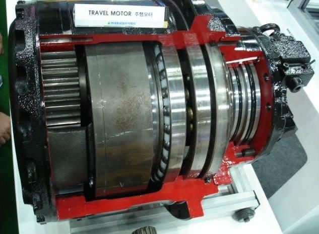 Excavator Spare Parts Travel Motor For Hyundai Doosan