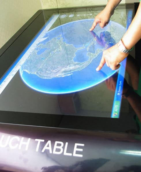 02 Touch Table 003.JPG