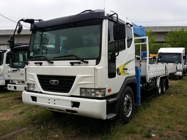 Daewoo 5t used 2012 new dongyang scs 736lii from korea for Motors used in cranes