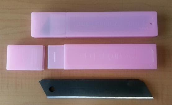 Black Color Cutter Blade