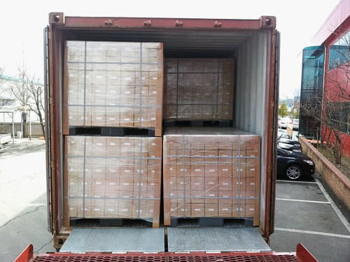 Pallet packing & Container.jpg