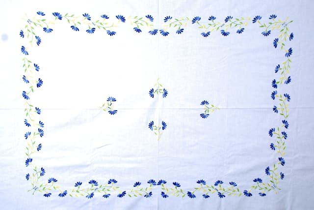 Hand embroidery <strong>bed</strong> spread