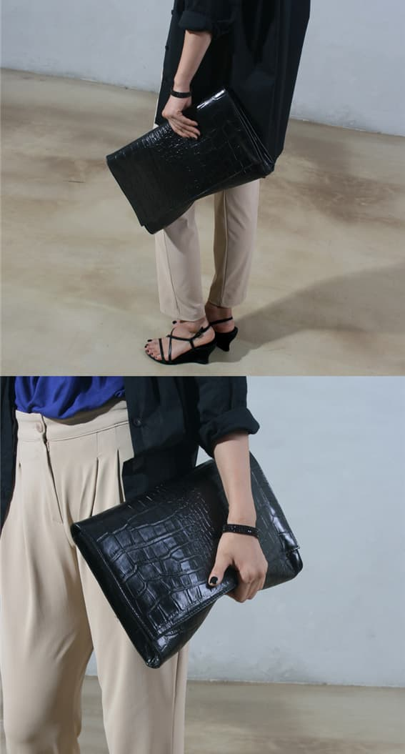 Leather clutch bag 4.jpg