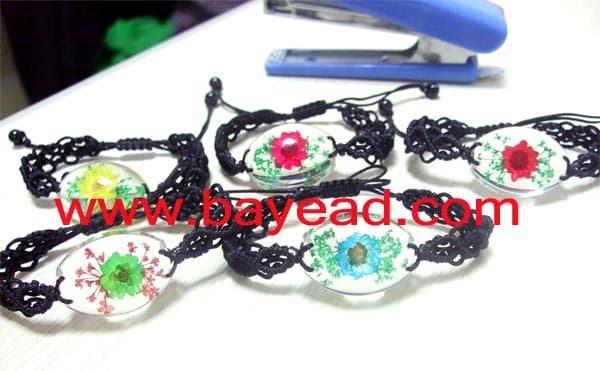 flower-bracelet.jpg