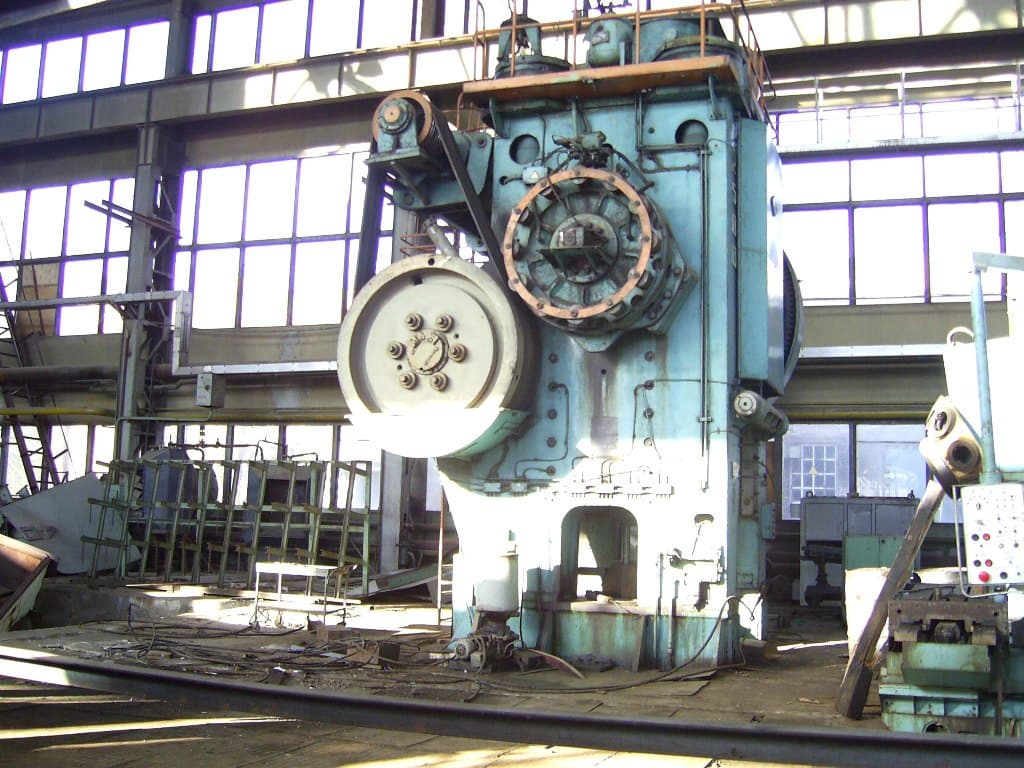 Voronezh press K8544, 2500 tons