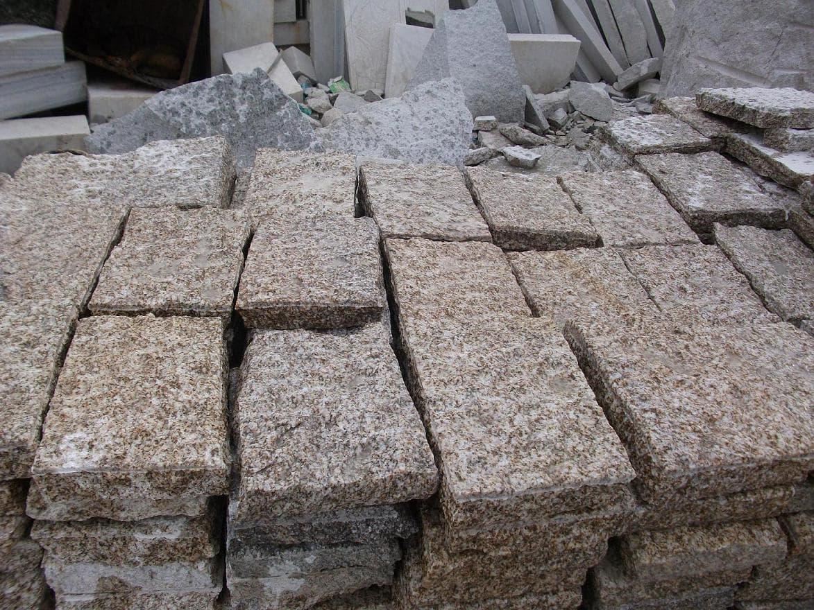 Yellow Granite Stone : Yellow granite tiger skin paving stone from