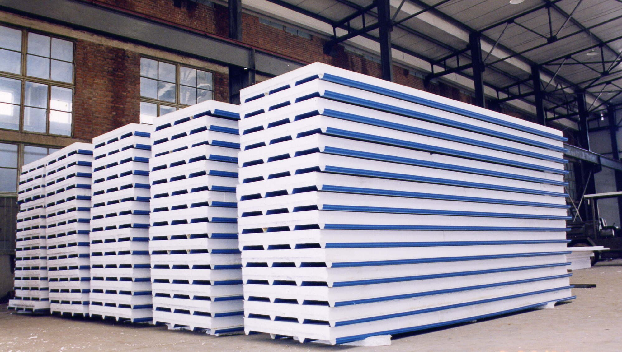 Sandwich panel roofing tile steel sheet from shandong for Roofing product