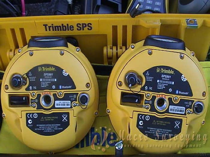 Trimble SPS881 GPS RTK Glonass internal 900Mhz strong Base/strong