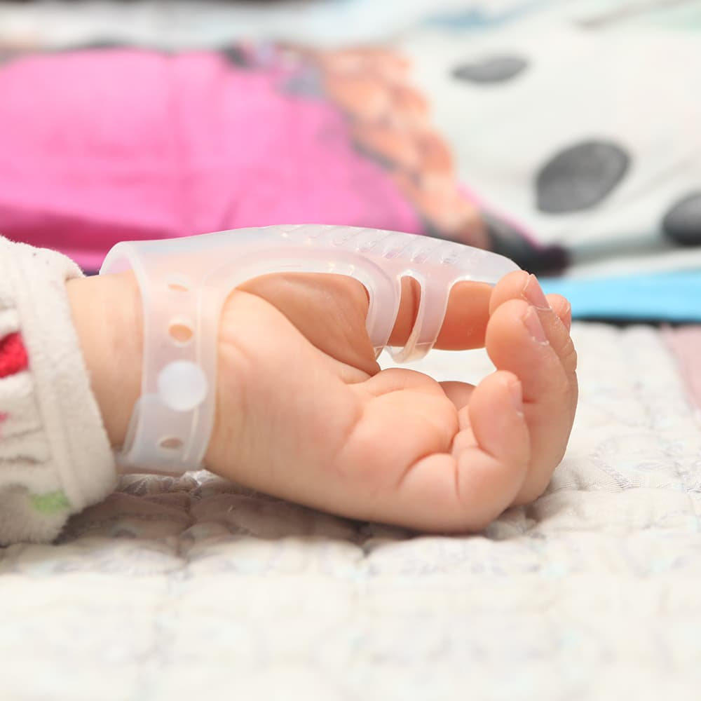 Baby's Stop Thumb Sucking Device tradekorea